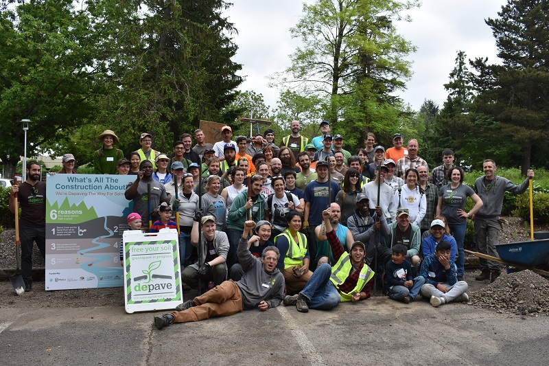 Depave volunteers may 2018